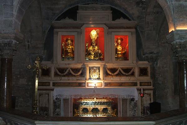 6cattedrale-s.pietro-cripta
