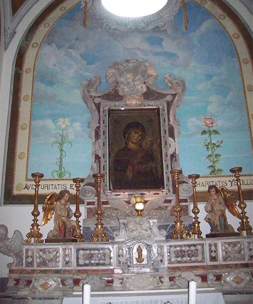 Altare-Maria-SS.--della-Fonte.1